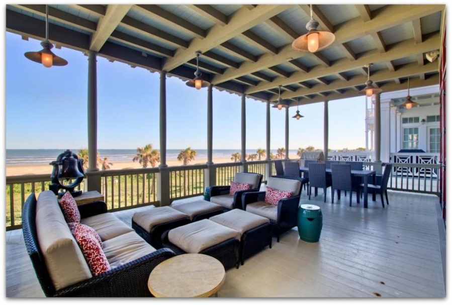 Beach house wednesday seaside style beach coast style for Beach house plans galveston